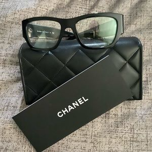Chanel Frame Authentic
